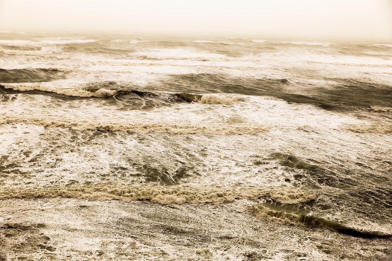 סופת חול בחוף תל ברוך, מונוכרום, צבע. דצמבר 2018 (3)