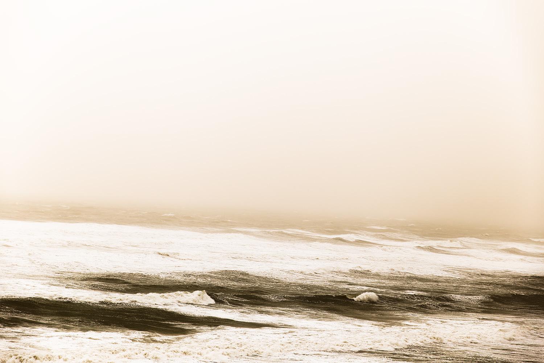 סופת חול בחוף תל ברוך, מונוכרום, צבע. דצמבר 2018 (1)